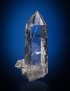Bergkristall mit Anhydrit Fundort: Schweiz