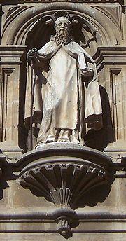 Catedral de Santo Domingo de la Calzada - Domingo de la Calzada en el pórtico de la Catedral.