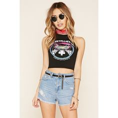 Forever 21 Women's  Metallica Graphic Crop Top (53 PEN) ❤ liked on Polyvore featuring tops, racer back crop top, forever 21 tops, sleeveless crop top, graphic tops and forever 21