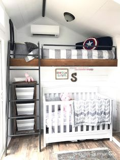 A contemporary tiny home, designed for a family with two young children. Featured on Tiny House, Big Living and built by Shelter Supply Co. Room For Two Kids, Bedroom For Girls Kids, Kid Bedrooms, Kids Rooms, Boys Shared Bedroom Ideas, Baby And Toddler Shared Room, Shared Rooms, Small Room Bedroom, Small Rooms