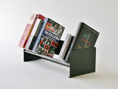tabltop book rack, tabletop book shelf, made from sheet iron www.arbor-felix.de