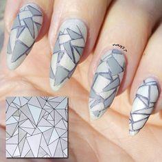geometric nail art design 11/30/2015