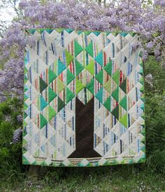 Selvage tree of life quilt by Katell at Quilteuse Forever (France).  Inspired by the quilt by Karen Griska.