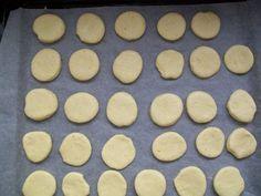 crofnelacrescut Cookies, Desserts, Food, Crack Crackers, Tailgate Desserts, Deserts, Biscuits, Essen, Postres