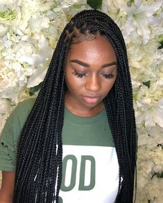 long box braids 10 Super Box Braids Hairstyles And Haircuts : Best Box Braids Hairstyles Twist Braid Hairstyles, Braided Hairstyles For Black Women, African Braids Hairstyles, My Hairstyle, Girl Hairstyles, Protective Hairstyles, Hair Updo, Box Braids Hairstyles For Black Women, Dreadlock Hairstyles