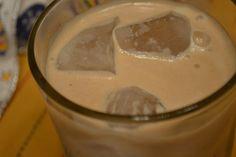 Making Miracles: #handcraftededibles ~ Homemade Irish Cream Liqueur...