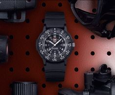 Navy SEALs from SEAL Team (Check out those links for cool shirts, hats, hoodies, pins, and patches. Sport Watches, Cool Watches, Watches For Men, Dream Watches, Wrist Watches, Scuba Watch, Diving Regulator, Waterproof Sports Watch, Scuba Diving Equipment