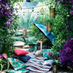 We're so ready for picnic season!  #HMHome #gardengoals
