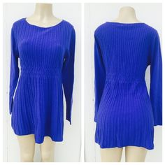 Cozy tunic top Beautiful and super cozy tunic top . Will definitely keeps u cozy . Also available in size M, S & XL . 60% cotton 40% polyester .  Also available in grey color . Daisy Fuentes Tops Tunics