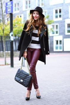 Trendencias - ¿Qué no debe faltar en nuestro armario esta temporada? Un pantalón color oxblood