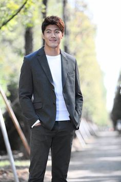 "Lee Jae Yoon --- Stills From ""Golden Rainbow"" Poster Shoot"