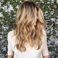 Referência perfeita #babylights com pontos de luz em tons de dourado. #blonde #inspiração #dourado #loiras