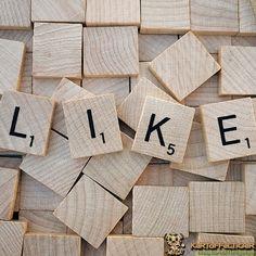 """Tag 8 bei #meetthebloggerde: #socialmediaistfürmich ... viel Wert denn nur so gewinne ich neue Leser und habe auch direkten Kontakt mit euch! Und #herrtiger würde jetzt sagen: """"ohne dein Handy kannst du keinen Tag mehr leben!"""" äh ja würde schwer werden... denn es macht mir auch einfach Spaß in den #socialmedia eure Sachen anzusehen  #übermich #bloggerlife #evakartoffeltiger #kartoffeltiger"""