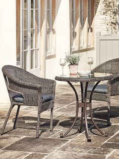Our stylish new Roma Bistro Set has been expertly hand woven with a unique weave that looks and feels just like natural rattan. Ideal for smaller gardens, patios or terraces, each set includes two comfortable armchairs complete with sumptuous dark grey seat pads and a quality glass topped table with curved aluminium legs. Our Roma set has been especially made from rust and weather resistant materials, making it suitable for the outdoors all year around.
