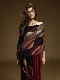 Ravelry: #31 Leaf Wrap pattern by Unjung Yun