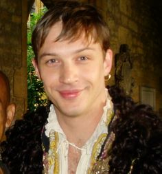 """charlidos: """" Tom Hardy on the set of Virgin Queen (2006). I do love him as Robert Dudley, he's so pretty in this. :) """" Me and the great Tom Hardy back in 2006 now he is one of the most famous..."""