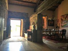 Foto 8 Home Decor, Stone Houses, Old Houses, Decoration Home, Room Decor, Home Interior Design, Home Decoration, Interior Design