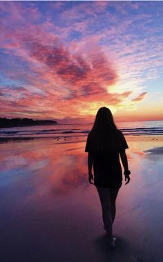sunset pictures VSCO - over ! Beach Photography Poses, Summer Photography, Teen Girl Photography, Beach Aesthetic, Summer Aesthetic, Summer Photos, Beach Photos, Beach Sunset Pictures, My Photos