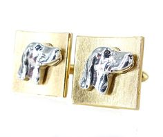Unique vintage Swank dog profile two tone set of cufflinks. Curved & textured face in gold with sculpted profile of retriever in silver by ModernRenaissanceMan on Etsy https://www.etsy.com/listing/500512546/unique-vintage-swank-dog-profile-two