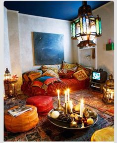I SOOO wish I could have a room like this! ❤️❤️