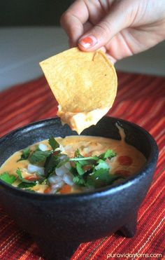 The perfect copycat recipe for Torchy's Tachos queso dip.