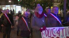 Une marche blanche en ce 25 novembre, journée internationale de la lutte contre les violences faites aux femmes, fut organisée par des habitants du quartier des Acacias à #Louviers.
