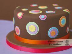 Pastel con círculos https://www.facebook.com/notes/pasteler%C3%ADa-creativa/pastel-con-c%C3%ADrculos/434077783302391