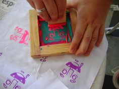 oficina de serigrafia alternativa by patches tecido, via Flickr