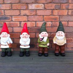 Gnomes! I need these guys for my sidewalk.