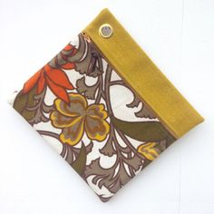 Retro Floral Zip Bag 1970's Gold Brown by didyoumakeityourself