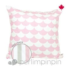 From our latest mix'n'match collection, this square pillow is easy to coordinate with any of our bedding sets. For the highest level of coziness in baby's room, pair it with our brand new ottoman. Guaranteed comfort! Expect from 3 to 4 weeks for delivery.