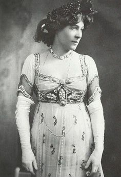 FCBTC / Doucet beaded evening dress, c.1910. The celebrated British and actress Lillie Langtry, Jersey Lily, is pictured in a Doucet gown from the same period.  Lily Langtree.