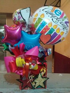 Lindo. Ideas Para, Bouquets, Scrap, Delivery, Birthday, Diy, Candy Arrangements, Giant Candy, Plushies