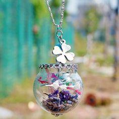Dry Flower Glass Ball Clover Necklace