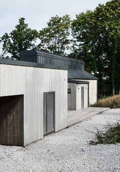 Villa Bergman, Salthamn – M. Modern Lodge, Mountain Modern, Building Design, Building A House, Build My Own House, Bauhaus, Mountain Cottage, Shed Homes, Winter House