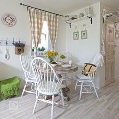 Než se Lenka a její manžel Jozefnastěhovali do současného domova, měla Lenka jasnou představu, jak bude interiér vypadat. Dala se cestou střídmého…