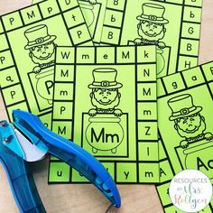 Celebrate St. Patrick's Day with your preschoole, kindergarten, or homeschool students with these 10 St. Patrick's Day fine motor skills activities. The activities can be used multiple ways, but they help develop fine motor skills of prek or kinder students. These low-prep activities may require some prep work like laminating, and they are perfect for small groups, morning tubs, centers, or any time you want your students to practice their skills this spring. #StPatricksDay #Preschool