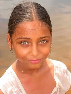 stunning Through the Eyes of a Child AMRITA RAO PHOTO GALLERY  | UPLOAD.WIKIMEDIA.ORG  #EDUCRATSWEB 2020-06-09 upload.wikimedia.org https://upload.wikimedia.org/wikipedia/commons/thumb/e/eb/Amrita_Rao_Archana_Kochar.jpg/330px-Amrita_Rao_Archana_Kochar.jpg