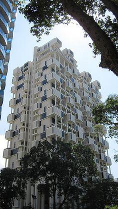 Gallery of AD Classics: The Colonnade Condominiums / Paul Rudolph - 1
