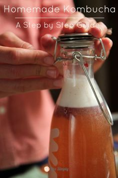 How to make homemade kombucha. An easy, delicious probiotic drink.