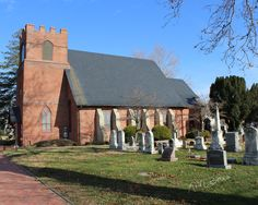 St. Luke's Episcopal Church Seaford De The origin of this parish can be traced to 1704 when a log chapel known as St. Mary's was constructed on Chapel Branch in Northwest Fork Hundred.  The Impact of the Rev. War on the Church of England disc. service, becoming St Lukes in 1835