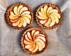 Fig Tart, Vegan Desserts, Muffin, Apple, Breakfast, Blog, Apple Fruit, Morning Coffee, Muffins