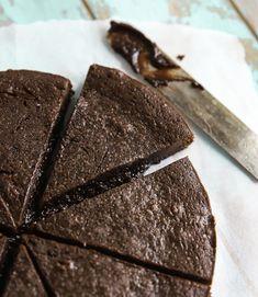 Kladdig Kladdkaka   Fridas Bakblogg Sweet Tooth, Good Food, Candy, Chocolate, Healthy, Glass, Desserts, Recipes, Sweet Dreams