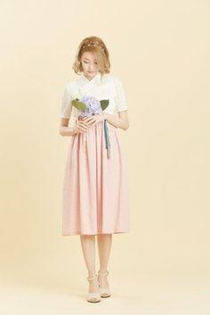 겁내 예쁜 여름용 생활한복 | 인스티즈 Unique Fashion, Cute Fashion, Boho Fashion, Fashion Design, Korean Traditional Dress, Traditional Fashion, Traditional Dresses, Korean Dress, Korean Outfits