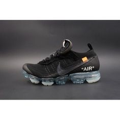 Nike Air Vapormax 2018 Off White in Black New York Fashion, Milan Fashion Weeks, Runway Fashion, Fashion Models, Fashion Tips, Nike Air Vapormax, Running Shoes Nike, Nike Shoes, Ua
