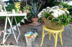 detalle_rincon_limondaPOST3__las_tres_sillas Plants, Wedding Decoration, Chairs, Plant, Planets