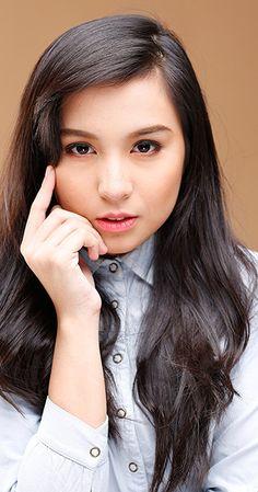 Filipina Beauty, Anime Sketch, Celebs, Celebrities, Best Actress, My Idol, Eyelashes, Cute Girls, Hair Beauty