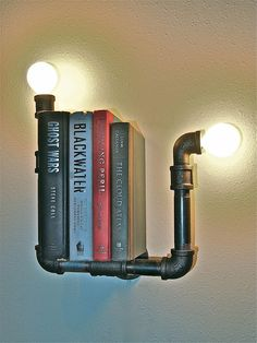 Luminária/prateleira industrial