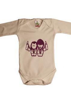 Body original para bebe: Baby Fiction. Body ideal para aquellos papás que les gusta la ropa friki para bebes o que les encanta la película Pulp Fiction. En Tiernacos, hemos hecho la versión tierna para ofreceros un body muy original