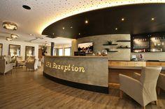 Unsere Spa-Rezeption Kitchen Island, Spa, Interior, Home Decor, Front Desk, Island Kitchen, Decoration Home, Indoor, Room Decor